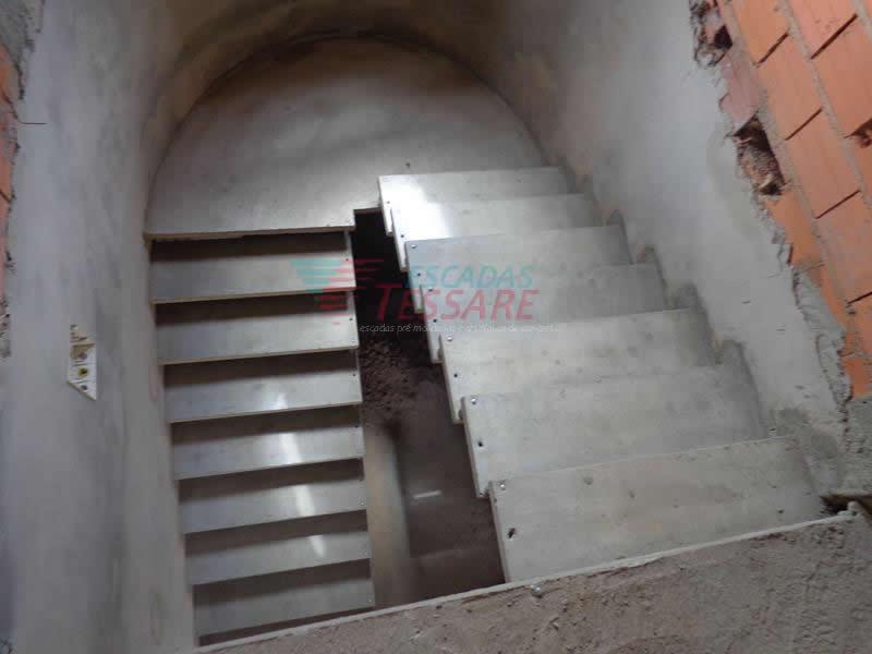 escadaemu-005