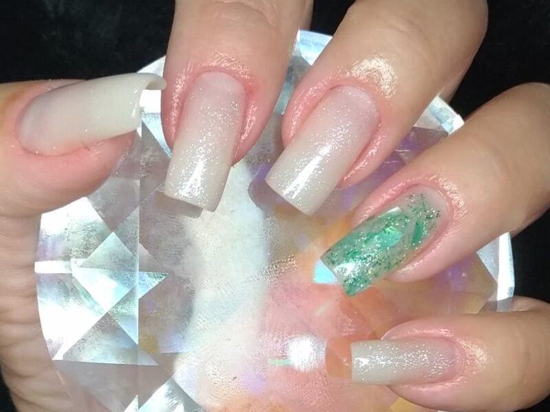 Nail designer manicure e pedicura