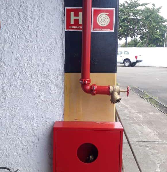 Serviços de combate à incêndio